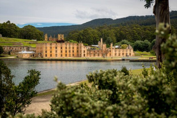 Commandant's Carriage Tour. Port Arthur Historic Site, Tasmania. Cultural Attractions of Australia. Image credit Alastair Bett SMALL