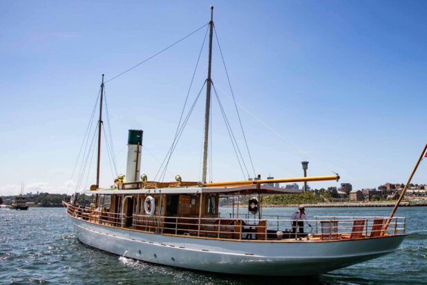 Luxury Harbour Cruise on Edwardian Steam Yacht Ena