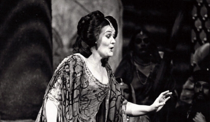 Dame Joan Sutherland performs Lakme, Opera Australia. Photograph by William Moseley Courtesy of Opera Australia Archives.